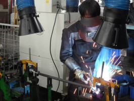 起重机厂家配套工业吸尘机