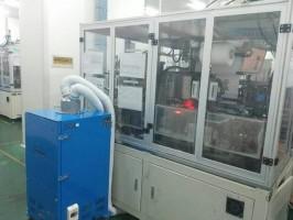 电池厂叠片机配套工业吸尘器现场